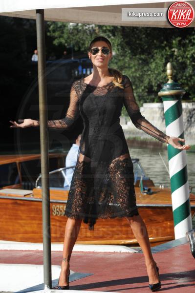 Belen Rodriguez - Venezia - 01-09-2016 - Venezia 73: Belen Rodriguez sbarca al Lido