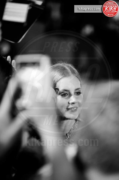Amy Adams - Venezia - 01-09-2016 - La scollatura di Belen ruba la scena ad Amy Adams