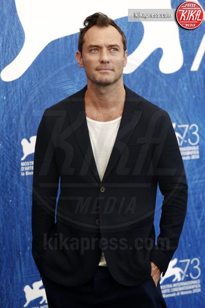 Jude Law - Venezia - 04-09-2016 - Jude Law nei panni di Albus Silente? Wow!