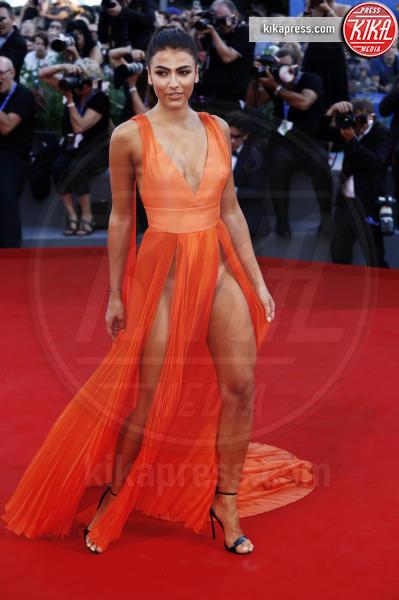 Giulia Salemi - Venezia - 05-09-2016 - Da Evangeline a Irina, sul red carpet lo spacco... spacca!