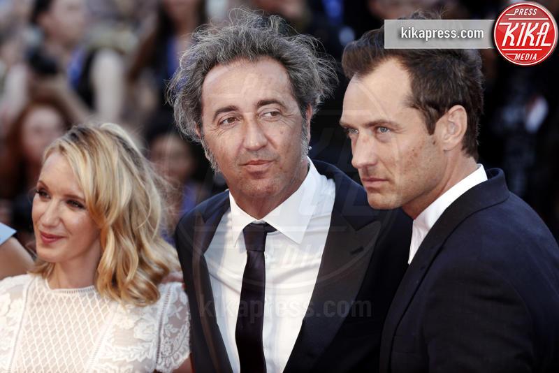Ludivine Sagnier, Paolo Sorrentino, Jude Law - Venezia - 05-09-2016 - Venezia 73: Jude Law è The Young Pope per Paolo Sorrentino