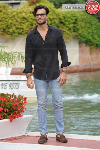 Giulio Berruti - Venezia - 05-09-2016 - Un attore, e che attore, per Maria Elena Boschi!