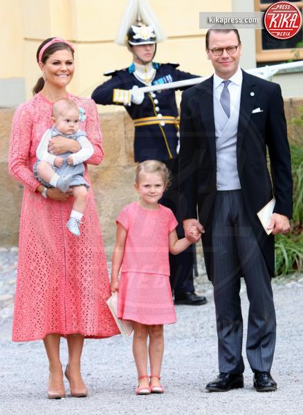 Principessa Estelle di Svezia, Principe Oscar di Svezia, Principessa Vittoria di Svezia, Daniel Westling - Stoccolma - 09-09-2016 - Victoria ed Estelle di Svezia: l'outfit è sempre coordinato!