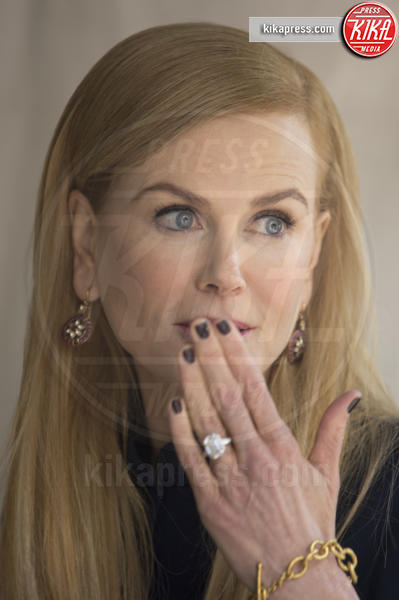 Nicole Kidman - Toronto - 11-09-2016 - Emily Ratajkowski mostra l'enorme anello di fidanzamento