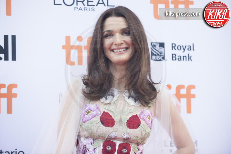 Rachel Weisz - Toronto - 11-09-2016 - Fiocco rosa per Rachel Weisz, che belle le mamme negli anta!