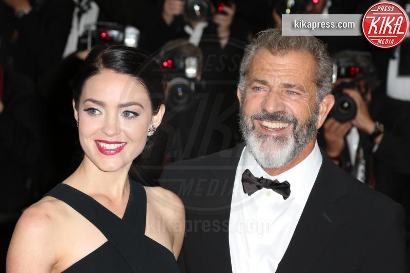 Rossalind Ross, Mel Gibson - Cannes - 22-05-2016 - Genitori da record: James Van del Beek al sesto figlio!