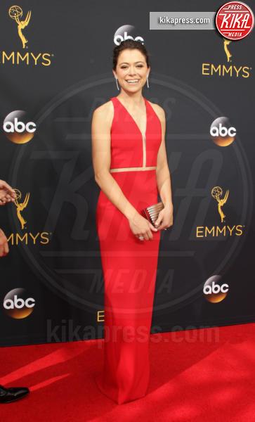 Tatiana Maslany - Los Angeles - 18-09-2016 - Emmy Awards 2016: Chi lo indossa meglio? Tatiana e Caitriona