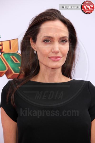 Angelina Jolie-Pitt - Los Angeles - 16-01-2016 - Addio Brangelina: galeotto fu il set, nel bene e nel male