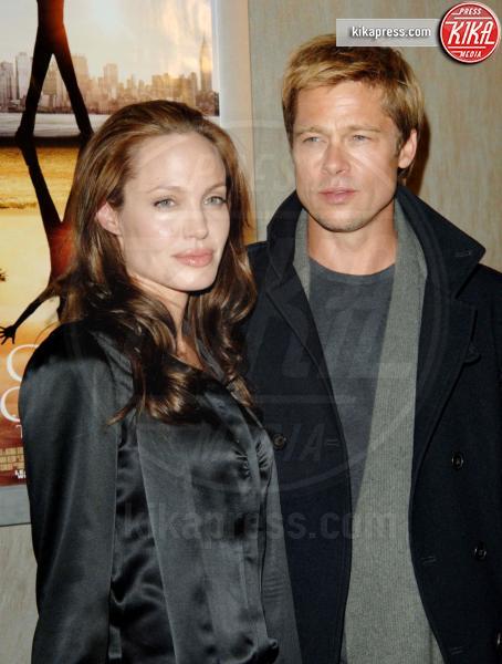 Angelina Jolie, Brad Pitt - Hollywood - 20-09-2016 - Brad Pitt risponde alle accuse della Jolie: