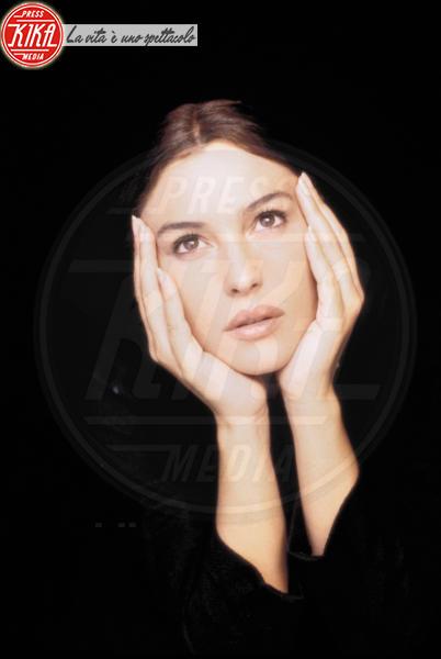Monica Bellucci - 01-01-1998 - Monica Bellucci, 52 anni di fascino intramontabile