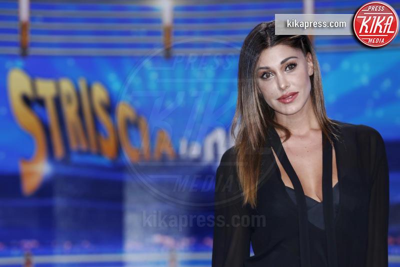 Belen Rodriguez - Milano - 26-09-2016 - Genova, il gesto d'amore di Belen Rodriguez