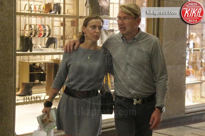 Marketa Kromotova, Mika Hakkinen - Milano - 30-09-2016 - Mika Hakkinen e Marketa Kromotova, profumo di fiori d'arancio?