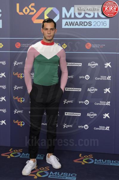 Joel Bosqued - Madrid - 05-10-2016 - Martina Stoessel più sexy che mai: Violetta chi?