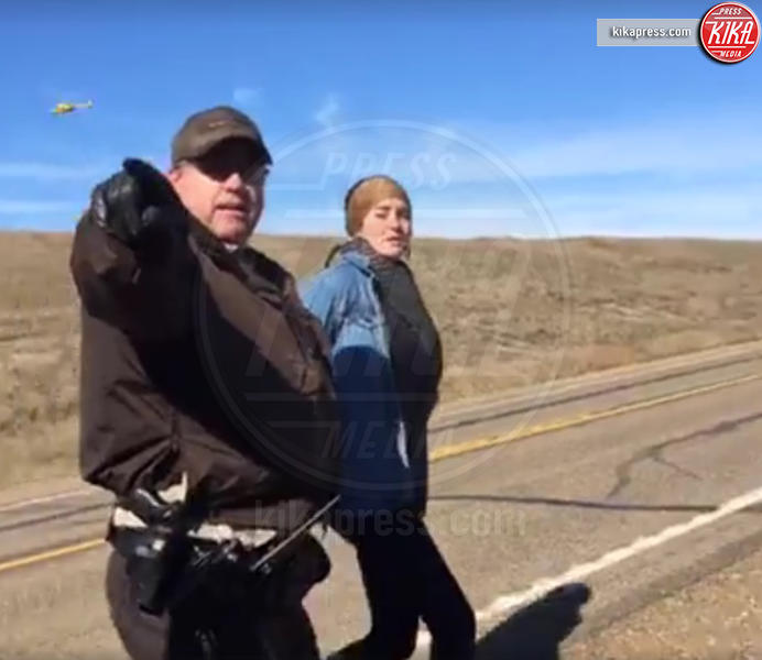 Shailene Woodley - Standing Rock - 10-10-2016 - Shailene Woodley si dichiara non colpevole