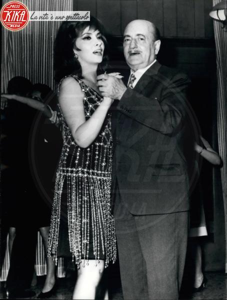 Salvatore Quasimodo, Gina Lollobrigida - 03-03-1968 - Addio Dario Fo, l'ultimo dei 20 Nobel italiani