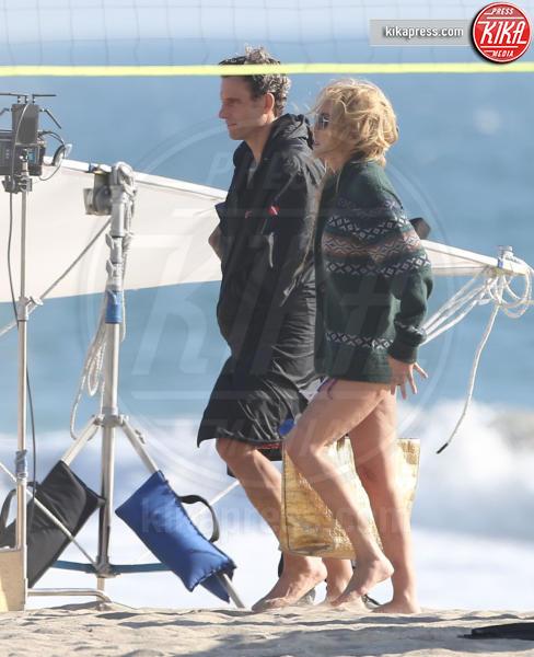 Tony Goldwyn, Sharon Stone - Los Angeles - 13-10-2016 - Sharon Stone, ogni scusa è buona per mostrare qualcosa