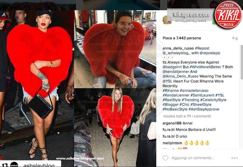 Kendall Jenner, Anna Dello Russo - 17-10-2016 - Chi lo indossa meglio? La mantella Heart di Yves Saint Laurent