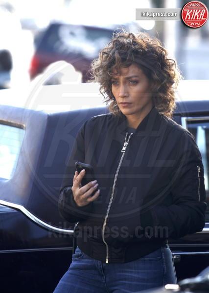 Jennifer Lopez - Queens - 01-11-2016 - Il seno di Jennifer Lopez fa impazzire il web
