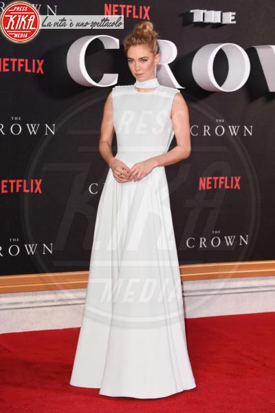 Vanessa Kirby - Londra - 01-11-2016 - The Crown, la Regina Elisabetta II come non l'avete mai vista
