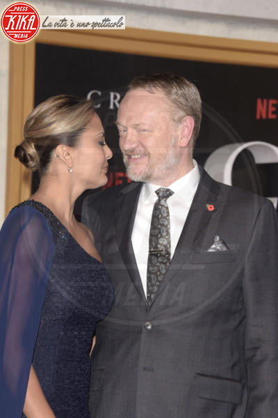Jared Harris, Allegra Riggio - Londra - 02-11-2016 - The Crown, la Regina Elisabetta II come non l'avete mai vista