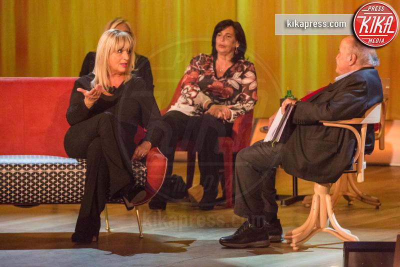 Lucia Anniballi, Gabriella Corona - Roma - 03-11-2016 - Maurizio Costanzo Show, Wanna Marchi: