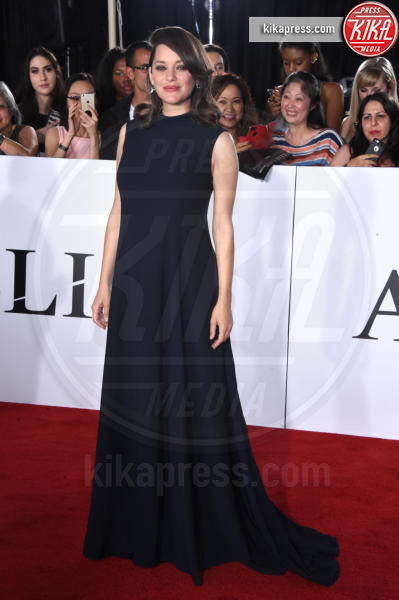 Marion Cotillard - Westwood - 09-11-2016 - Brad Pitt: io e Marion Cotillard? Ci metto la firma!