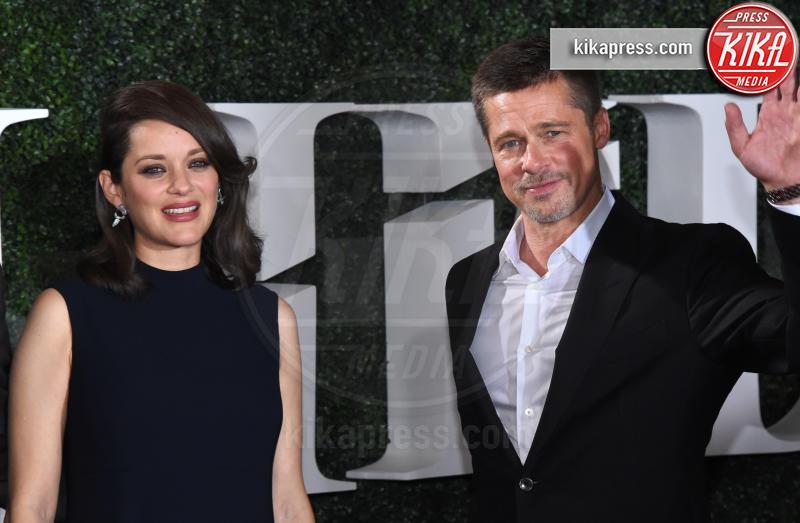 Marion Cotillard, Brad Pitt - Westwood - 09-11-2016 - Brad Pitt: io e Marion Cotillard? Ci metto la firma!