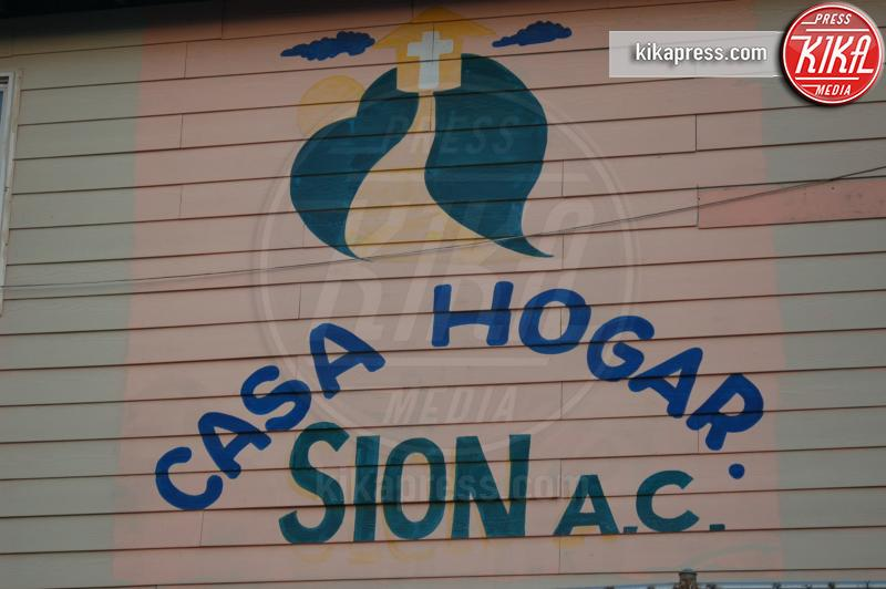 Casa Hogar Sion - Tijuana - 19-10-2009 - Jennifer Aniston, cuore di mamma: ora aiuta ben due orfanotrofi