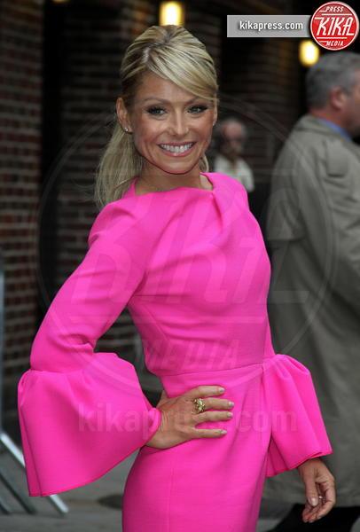 Kelly Ripa - New York - 14-05-2012 - Chi lo indossa meglio? Melania Trump e Ginnifer Goodwin