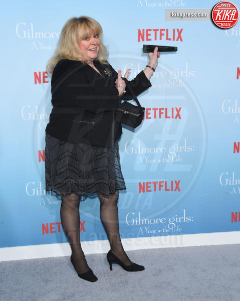 Sally Struthers - Westwood - 18-11-2016 - Lauren Graham e Alexis Bledel sono di nuovo le Gilmore Girls!