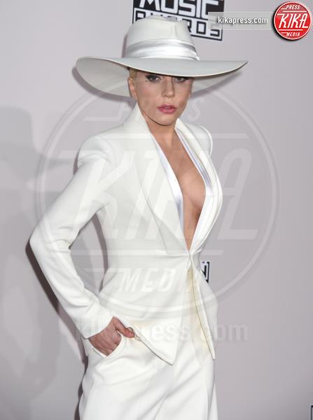 Lady Gaga - Los Angeles - 20-11-2016 - American Music Awards: Chrissy Teigen in versione super-osè