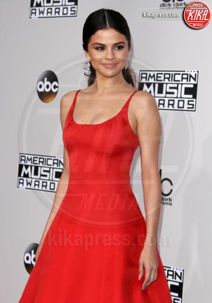 Selena Gomez - Los Angeles - 20-11-2016 - American Music Awards: Chrissy Teigen in versione super-osè