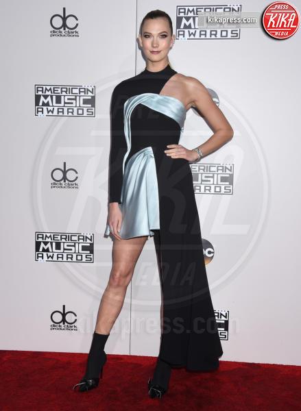 Karlie Kloss - Los Angeles - 20-11-2016 - American Music Awards: Chrissy Teigen in versione super-osè