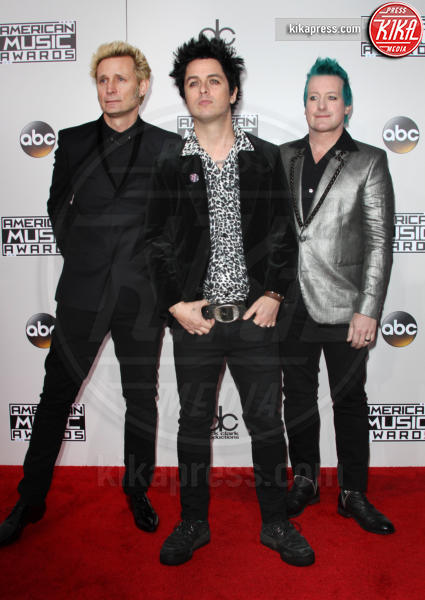 Tre Cool, Mike Dirnt, Billie Joe Armstrong - Los Angeles - 20-11-2016 - American Music Awards: Chrissy Teigen in versione super-osè