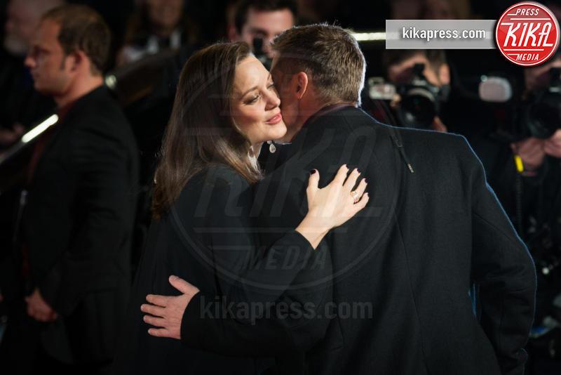 Marion Cotillard, Brad Pitt - Londra - 21-11-2016 - Brad Pitt e Kate Hudson: sbirciatina agli ex della nuova coppia!