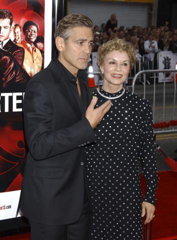 Nina Warren, George Clooney - Hollywood - 05-06-2007 - La mamma di Clooney: