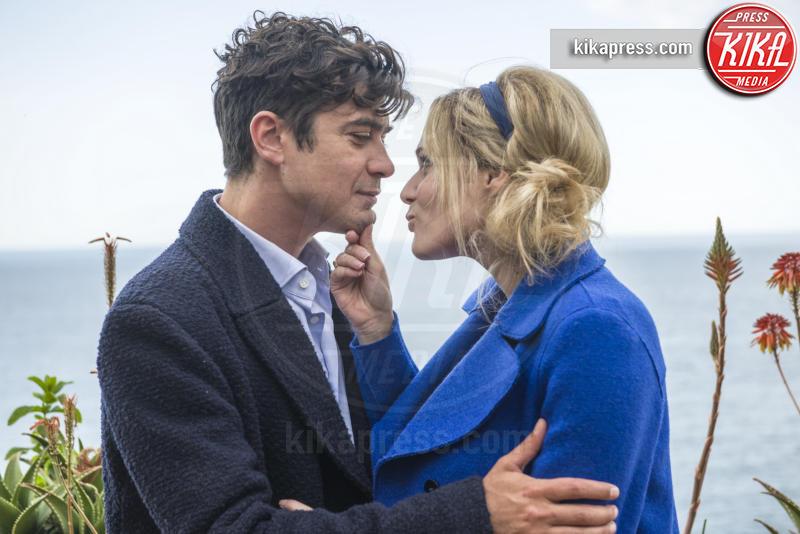 Riccardo Scamarcio, Laura Chiatti - Milano - 25-11-2016 - Coppie famose: innamorati sul set. E nella vita?