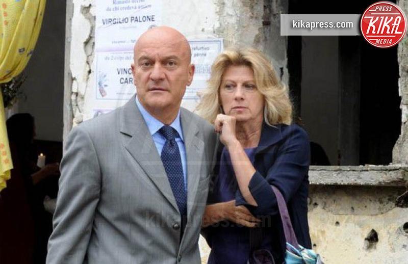 Angela Finocchiaro, Claudio Bisio - Milano - 25-11-2016 - Coppie famose: innamorati sul set. E nella vita?