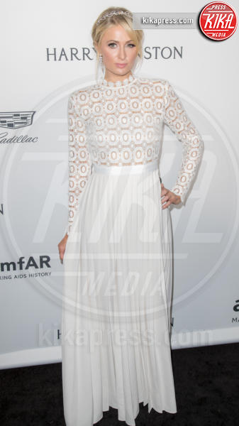 Paris Hilton - Los Angeles - 27-10-2016 - Chi lo indossa meglio? Sian Reeves, Kate Middleton, Paris Hilton