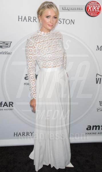 Paris Hilton - Los Angeles - 27-10-2016 - Chi lo indossa meglio? Kate Middleton e Paris Hilton