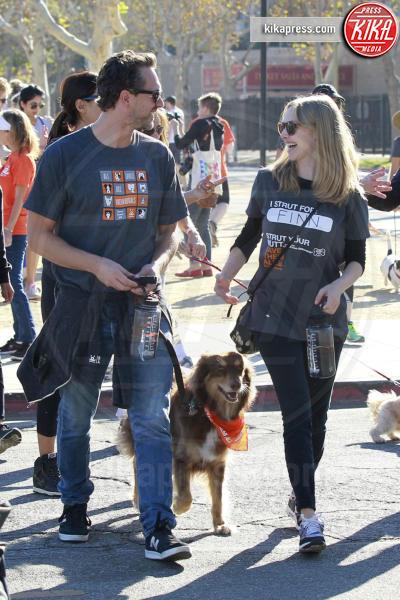 Finn Seyfried, Thomas Sadoski, Amanda Seyfried - Los Angeles - 22-10-2016 - Amal Clooney incinta! Ecco le star che saranno mamme nel 2017