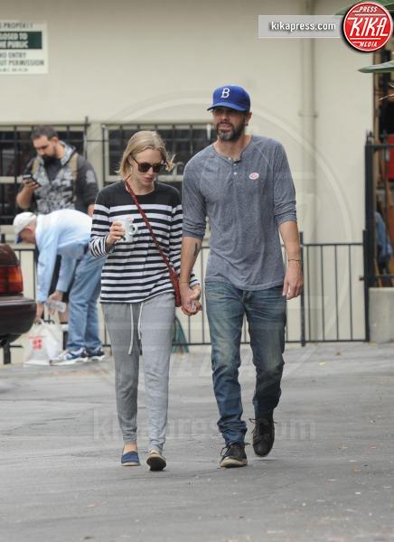 Thomas Sadoski, Amanda Seyfried - Los Angeles - 07-06-2016 - Amal Clooney incinta! Ecco le star che saranno mamme nel 2017