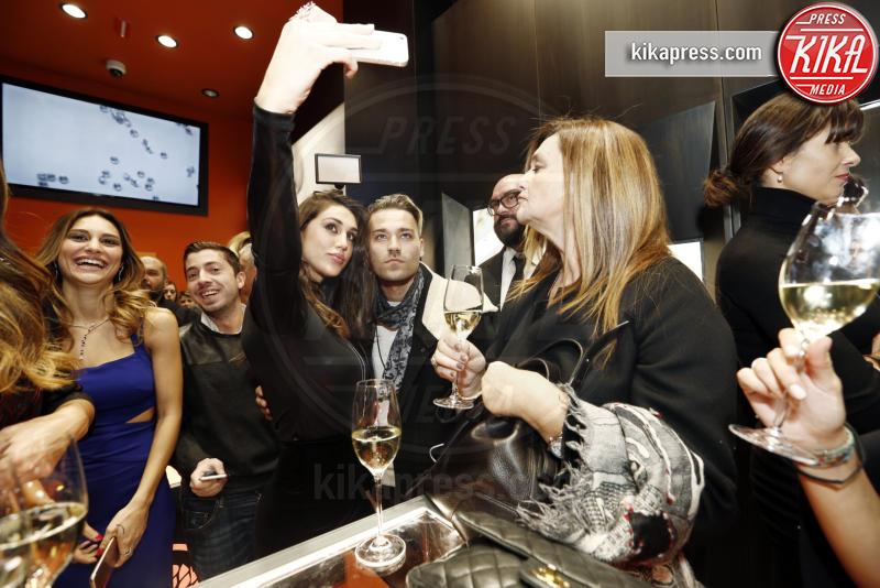 Cecilia Rodriguez - Milano - 01-12-2016 - Alfieri & St. John: le stelle sono Cecilia e mamma Rodriguez