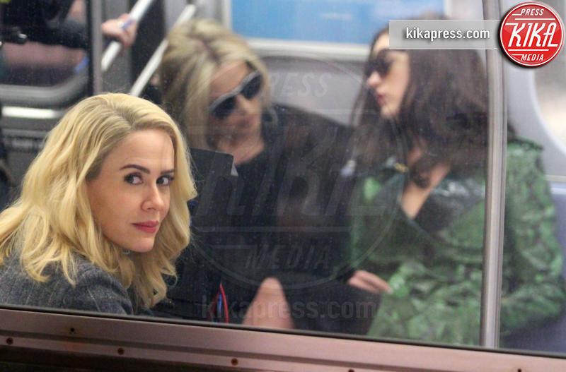 Helena Bonham Carter, Sarah Paulson, Anne Hathaway - New York - 03-12-2016 - Sarah Paulson Migliore attrice in una miniserie o film tv
