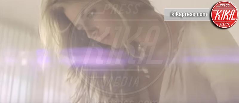 Mischa Barton - Los Angeles - 05-12-2016 - I divi che non sapevate avessero fatto cameo nei video musicali