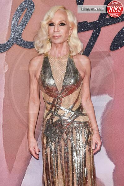 Donatella Versace - Londra - 05-12-2016 - Gianni Versace moriva 20 anni fa: il ricordo della moda