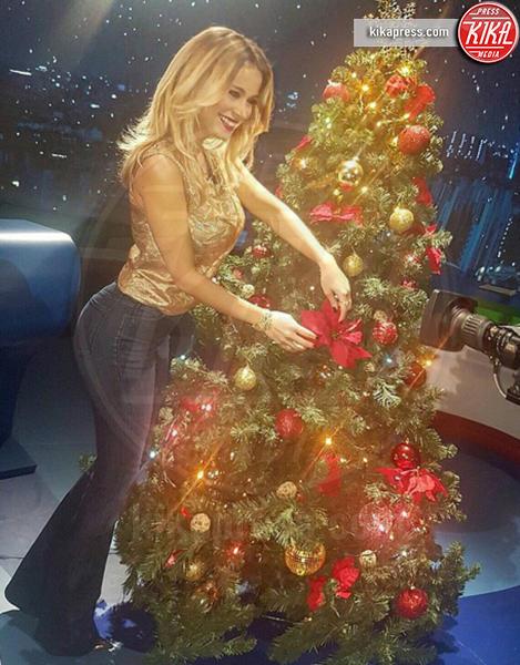 Diletta Leotta - Milano - 06-12-2016 - Natale 2016: le star che hanno già preparato l'albero