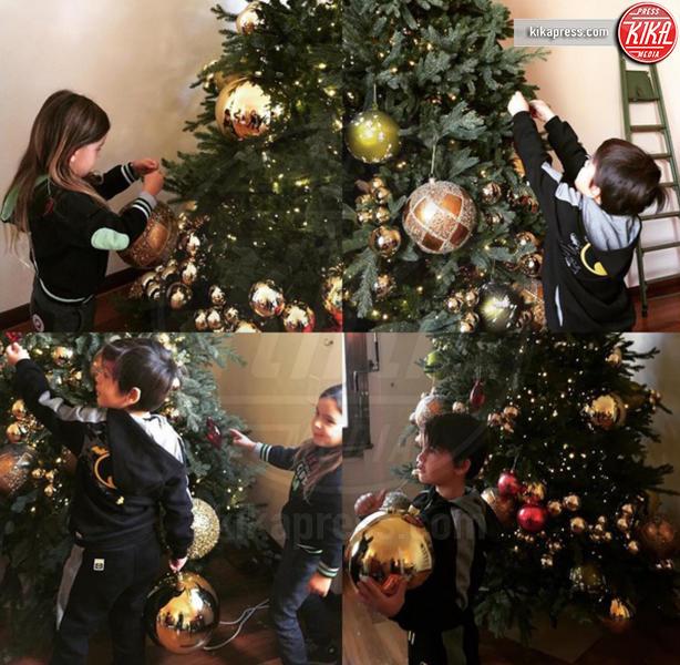 Tal Harlow Mimran, Liam Mimran - Milano - 06-12-2016 - Natale 2016: le star che hanno già preparato l'albero