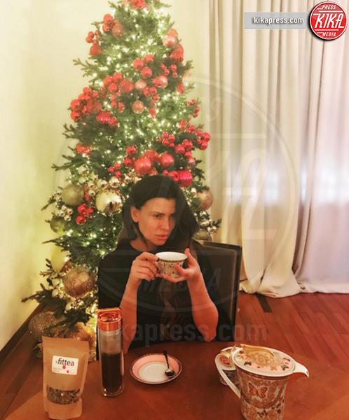 Claudia Galanti - Milano - 06-12-2016 - Natale 2016: le star che hanno già preparato l'albero