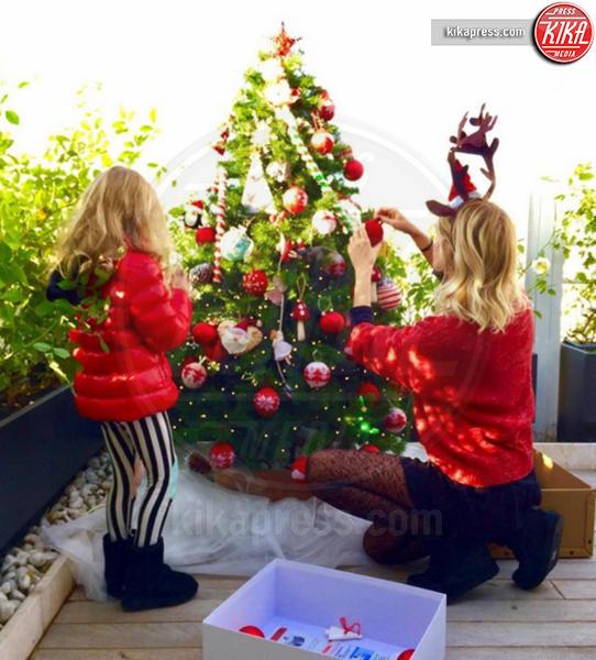 Alessia Marcuzzi - Milano - 06-12-2016 - Natale 2016: le star che hanno già preparato l'albero